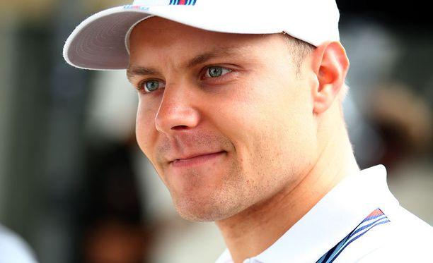 Valtteri Bottas avasi F1-kautensa.