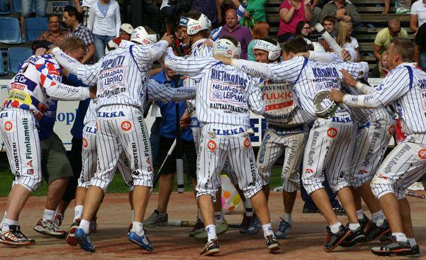 Vimpeli voi ratkaista mestaruuden ensi lauantaina Kouvolassa.