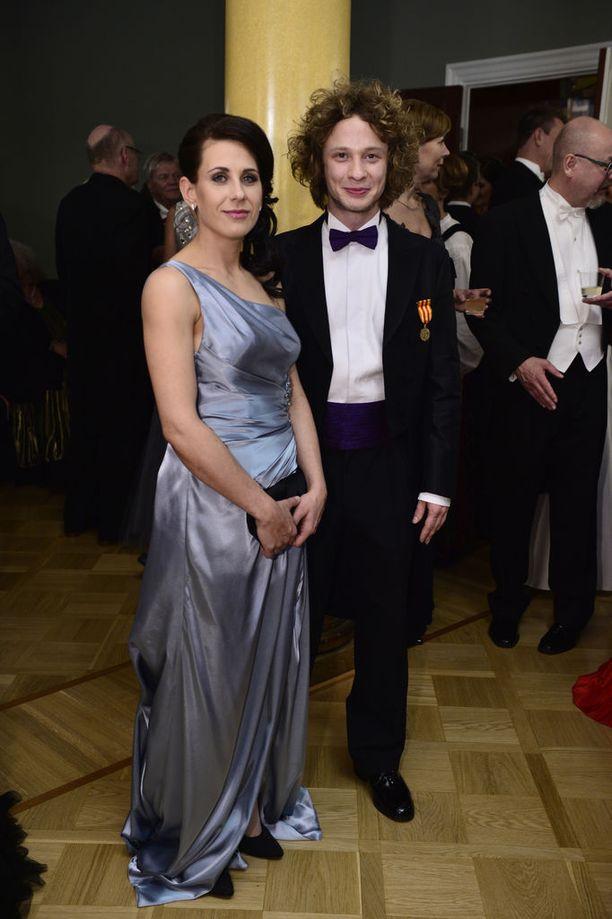 32-vuotias kapellimestari on johtanut myös Radion sinfoniaorkesterin konserttia. Hänet on kutsuttu myös Linnan juhliin puolisonsa Heini Lehdon kanssa.