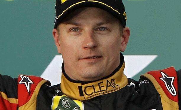 Kimi Räikkönen hyppää Ferrarin ohjaamoon neljän vuoden tauon jälkeen.