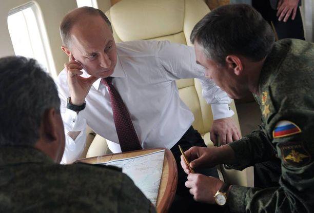 Venäjän presidentti Vladimir Putin on muistuttanut toistuvasti, että Venäjällä on hallussaan ydinaseita.