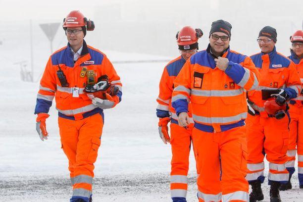 Pääministeri Juha Sipilä vieraili Terrafamen nikkelikaivoksella Sotkamossa maanantaina.