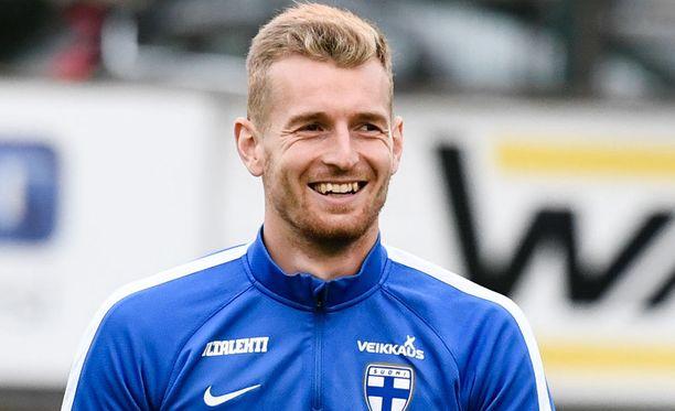 Lukas Hradecký torjui Suomelle 1-0-voiton.
