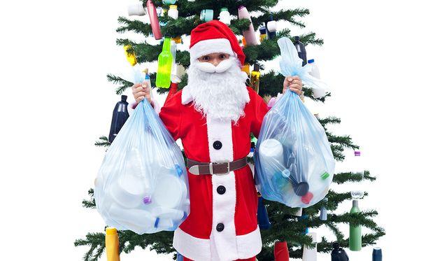 Risat joulukoristeet, kuten joulupallot kuuluvat sekajätteeseen.