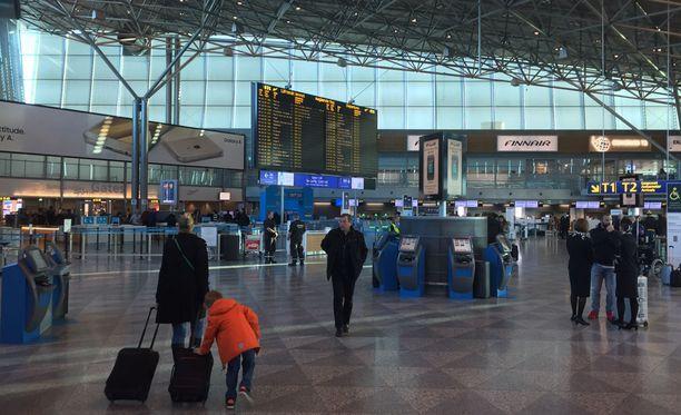 Viime perjantaina Finnair perui lentojaan työnseisauksen vuoksi.
