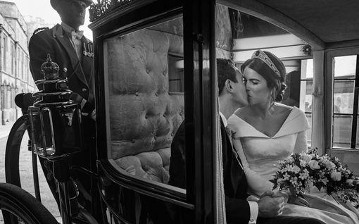Prinsessa Eugenien puoliso täytti vuosia – uusi kuva parin häistä julki