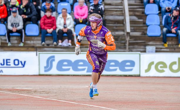 Jere Vikström pelasi mallikkaan ottelun sunnuntaina, mutta Sotkamo hävisi silti.