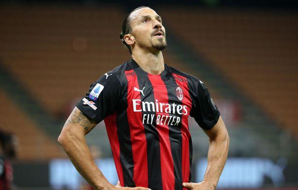 Kannattajan pillastuivat Zlatan Ibrahimovicin ratkaisusta.