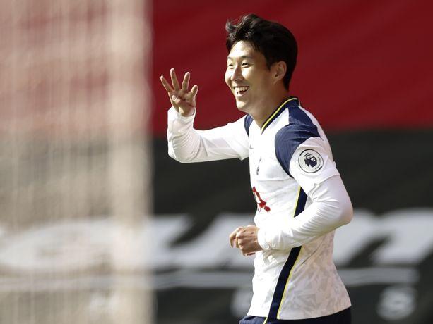 Son Heung-min mätti neljä maalia.