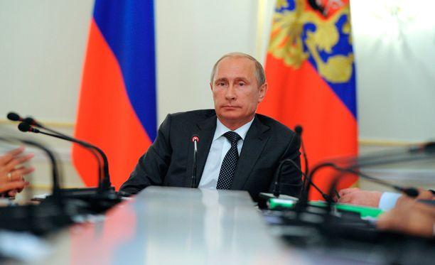 Venäjä sotkeutuu yhä enemmän Itä-Ukrainan taisteluihin.