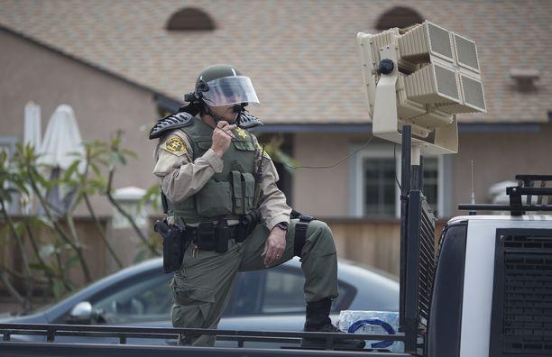 Los Angelesin poliisilla on käytössään ääniaseita, joita käytetään mielenosoitusten hajottamiseen. Ne ovat kuitenkin suuria ja asennettu ajoneuvoihin.
