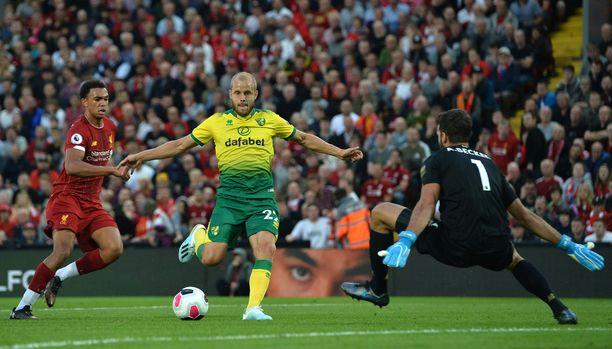 Teemu Pukki osui kerran kauden avausottelussa Liverpoolia vastaan ja Newcastlen reppuun syntyi jo hatullinen.
