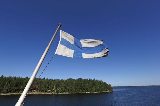 Viralliseksi Suomi 100 -tuotteeksi tai palveluksi pääseminen edellyttää sitä markkinoivalta yritykseltä vahvaa sitoutumista juhlavuoteen ja sen yhdessä-teemaan, brändin verkkosivuilla kerrotaan.