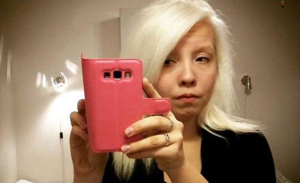 Tanja Kinanen sanoo, että olisi voinut lähettää itsestään kuvan rekrytoijalle, ettei tämä olisi hukannut heidän molempien aikaa.