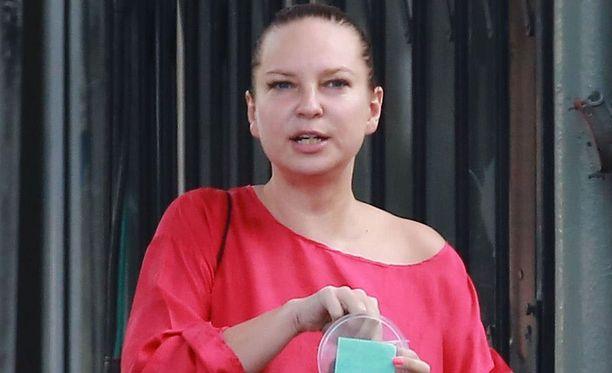 Sia bongattiin meikittä Los Angelesissa.