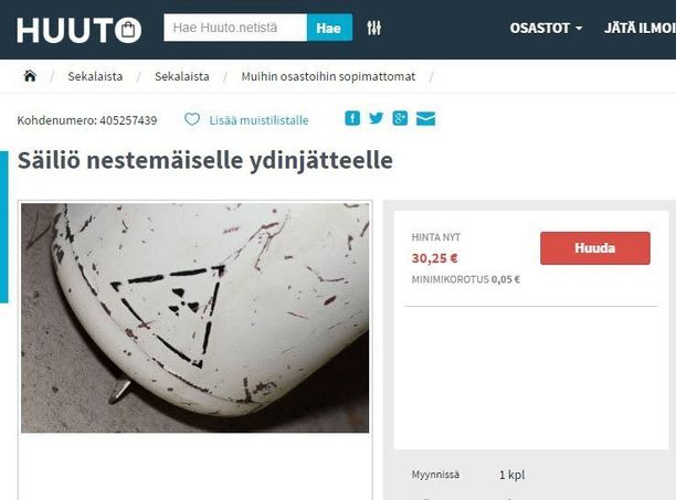 Säiliössä on venäjänkielistä tekstiä.