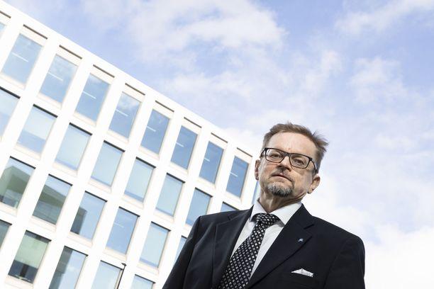 Vaasan yliopiston rahoituksen professori Timo Rothovius on myös Suomen Osakesäästäjien puheenjohtaja.