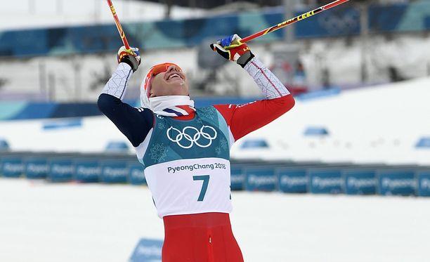 Simen Hegstad Krüger tuuletti villisti voittoaan.