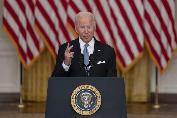Biden odotti saavansa kritiikkiä vetäytymispäätöksestä, mutta sanoo seisovansa täysin sen takana.