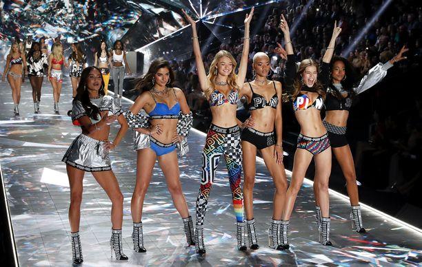 Kuin samasta muotista! Victoria's Secretin tarjoilema kehonkuva on lähes poikkeuksetta samanlainen. Harva nainen pystyy täysin samaistumaan langanlaihoihin malleihin, joita nähtiin vielä vuonna 2018 Victoria's Secretin alusvaatespektaakkelissa New Yorkissa.
