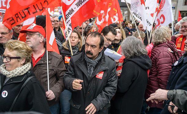 Ranskan työelämää säädellään valtavalla määrällä lakeja. Ehdotukset joustoista johtavat säännöllisesti mielenosoituksiin.