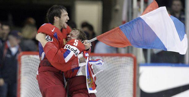 Venäläispelaajille maistui mestaruus 15 vuoden tauon jälkeen.