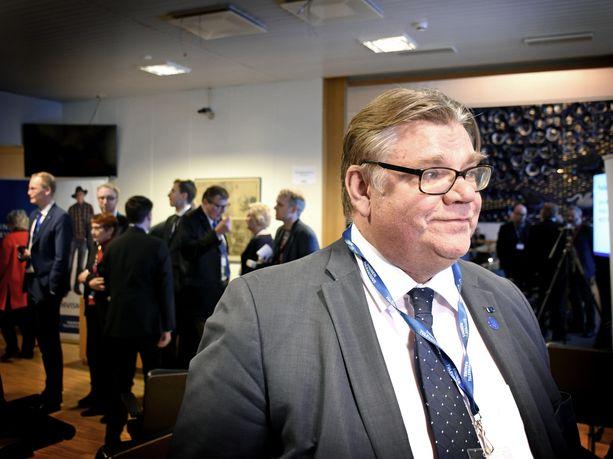 Timo Soini kuvattuna sininen tulevaisuus -puolueen puoluekokouksessa Tampereella joulukuussa 2017.