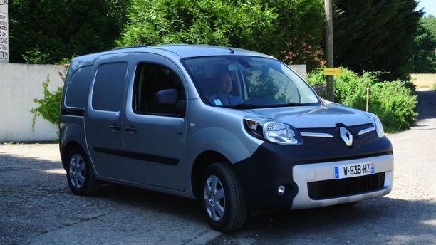 Ranskassa ajamamme Renault Kangoo Z.E. edustaa toista sukupolvea ja tulee syksyllä Suomeen.