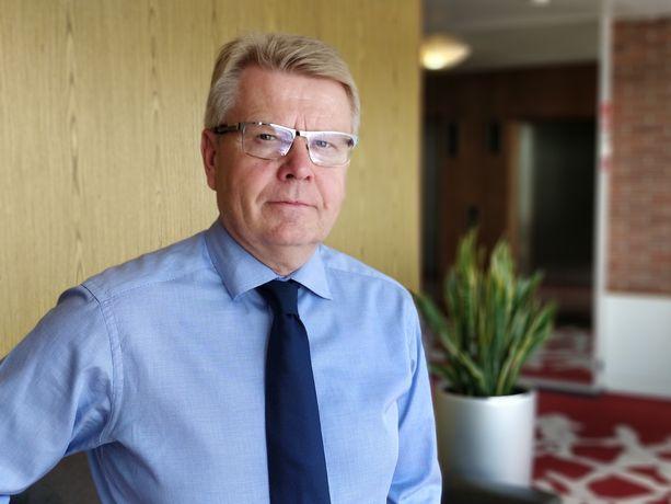 EK:n toimitusjohtaja Jyri Häkämiehen mukaan budjettiriihen työllisyyspäätökset olivat riittämättömiä.