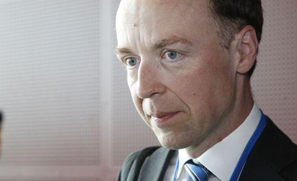 Jussi Halla-aho valittiin perussuomalaisten puheenjohtajaksi.