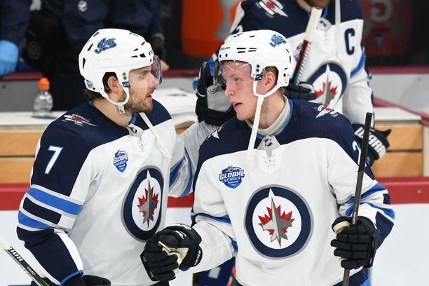 Patrik Laine kaksinkertaisti kauden maalisaldonsa Helsingin NHL-illassa.