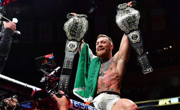 Conor McGregor on voittanut UFC-kehissä mestaruuksia ja takonut rahaa.