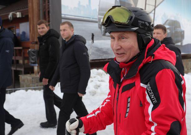 Putin on hallinnut Venäjää jo yli 18 vuotta.