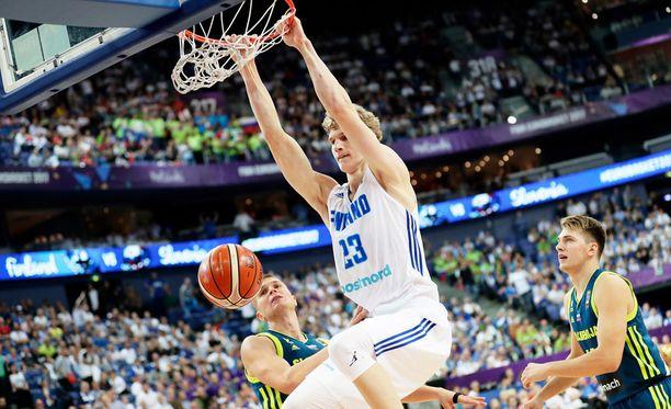 Lauri Markkanen oli jälleen hyvässä vireessä koripallon EM-kisoissa.