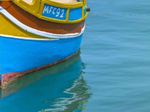 Maltan värejä.