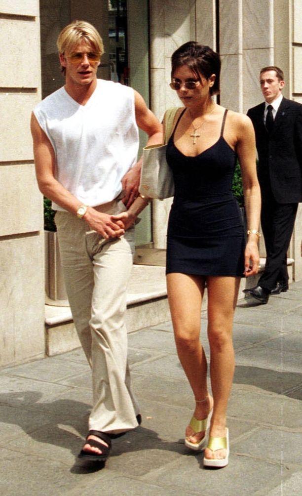 Kuva pariskunnan häämatkalta vuonna 1999.