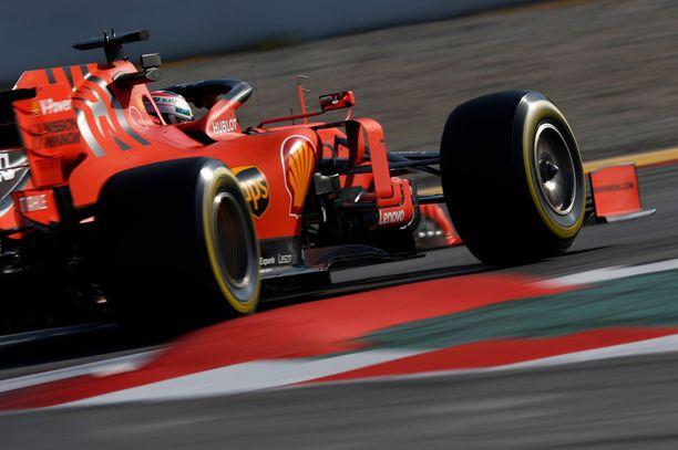 Charles Leclerc sai revitellä Ferrarin suorituskyvyn äärirajoilla.