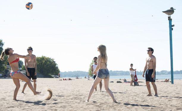 Lomalaiset: hiekkarannoille, mars! Arkistokuva vuodelta 2015.