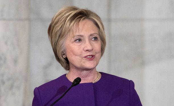 Demokraattien presidenttiehdokas Hillary Clinton sai liki 2,9 miljoonaa ääntä enemmän kuin Donald Trump.