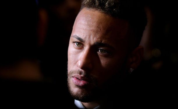 Neymar sanoo tuoreella videollaan, ettei vihaajilla ole käsitystä, mitä hän käy läpi kentän ulkopuolella.