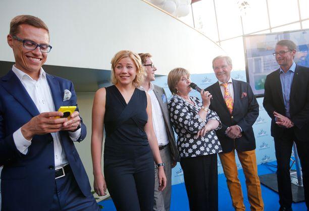 Henna Virkkusen vaalikassa oli 80 000 euroa, joista omaa rahaa oli puolet.