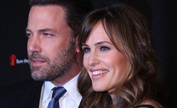 Ben Affleck ja Jennifer Garner asuvat Los Angelesissa. Affleck ei halua muuttaa kauas lastensa luota.