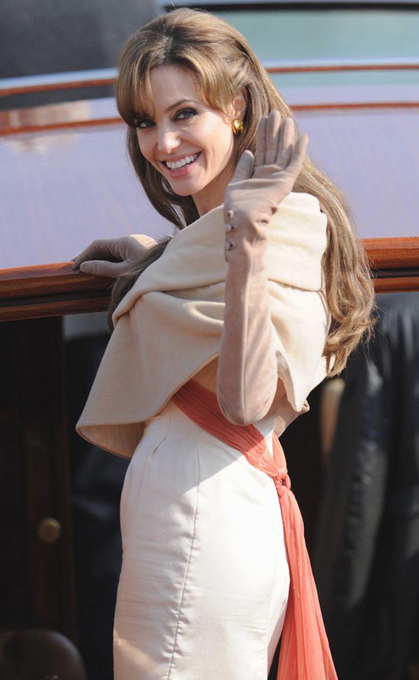 """Angelina Jolie kuvasi keväällä uutta elokuvaansa """"The Tourist"""" Venetsiassa."""