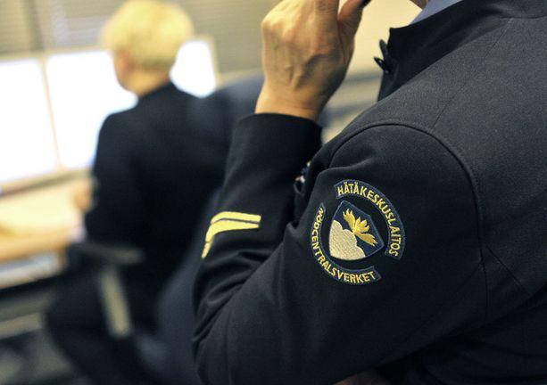 Poliisipäivystäjän uhri oli hänen silloinen puolisonsa, samassa hätäkeskuksessa työskentelevä nainen. Rikos tapahtui mökillä viime vuoden kesänä (kuvituskuva, kuvan henkilöt eivät liity tapaukseen).