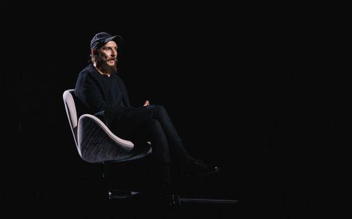 """Laulu rakkaudelle: Laura Närhi ja Vappu Rossi saavat Samuli Putron hämilleen: """"Mulla on aivan tyhjä pää"""""""