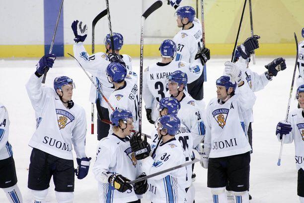 Torinon olympiasankarit aloittivat menestysbonusten lahjoittamisen hyvään tarkoitukseen.