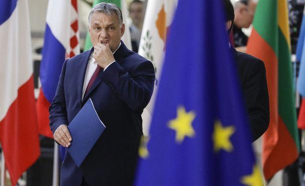 Kuvassa Unkarin pääministeri Viktor Orban EU-kokouksessa.