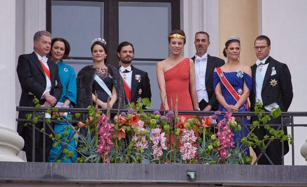 Kogevinas ja Eugster ehtivät poseerata hetken myös prinssi Carl Philipin ja tämän puolison Sofian kanssa.