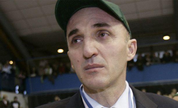 Honkaa valmentaa Mihailo Pavicevic.