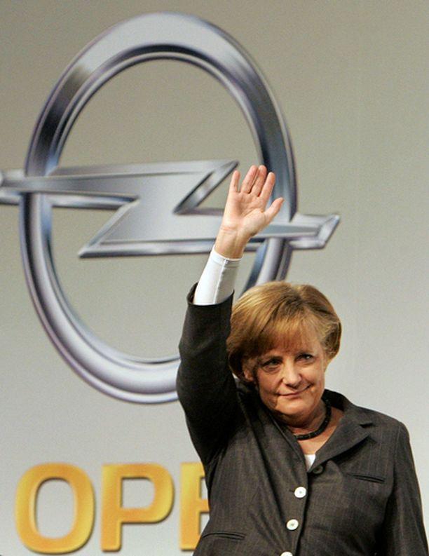 Saksan liittokansleri Angela Merkel kertoi Opelin myynnistä torstaina lehdistötilaisuudessa Berliinissä.